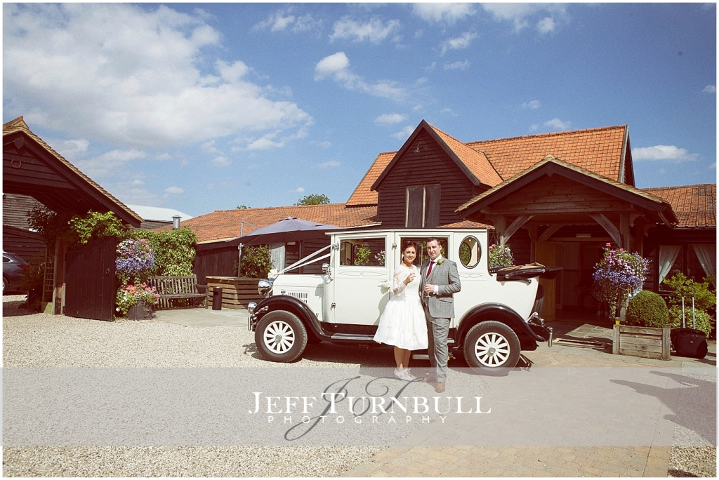 Maidens barn Vintage Wedding