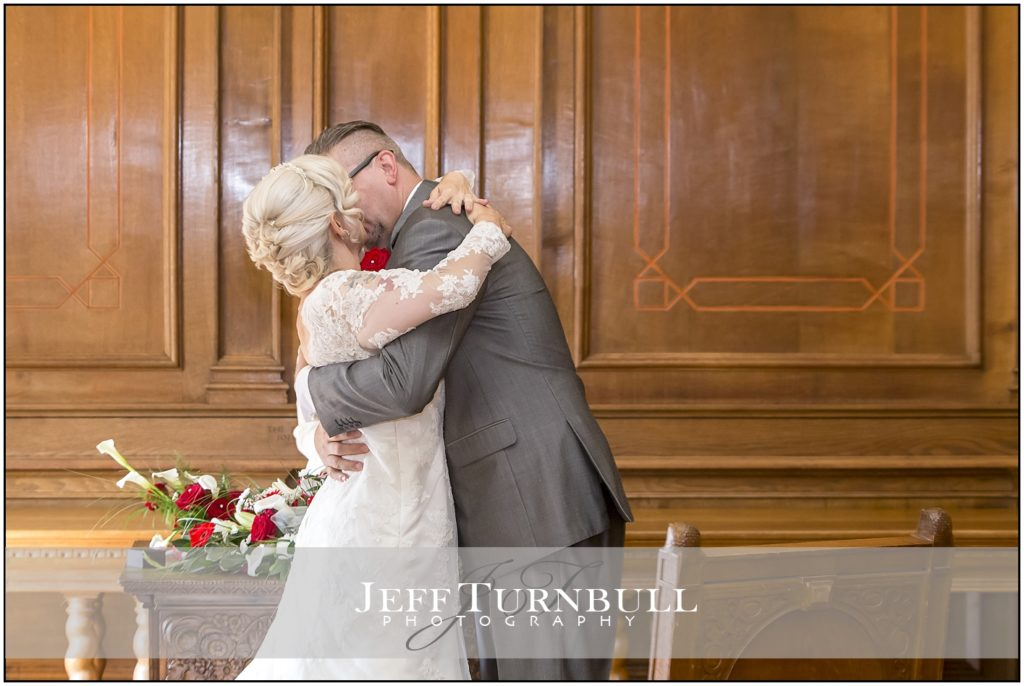 The Kiss at Braintree Town Hall