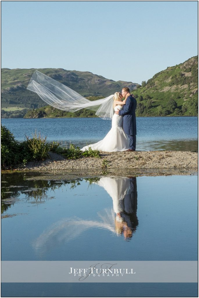 water reflection wedding photography